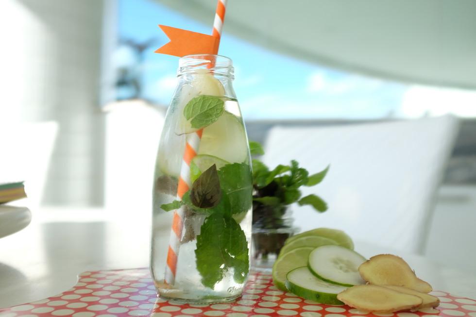 água aromatizada detox benefícios receita