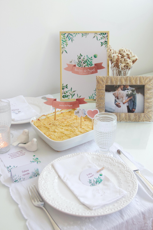 bodas de papel decoração mesa posta